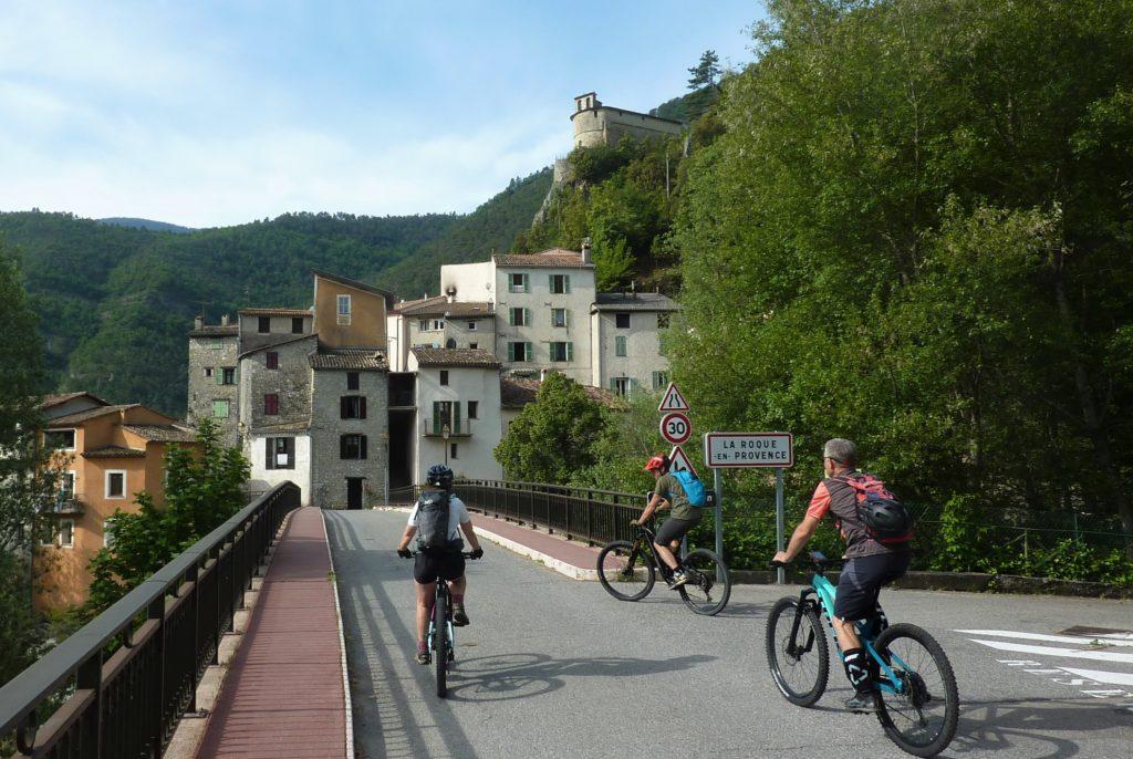 Départ de Roquestéron